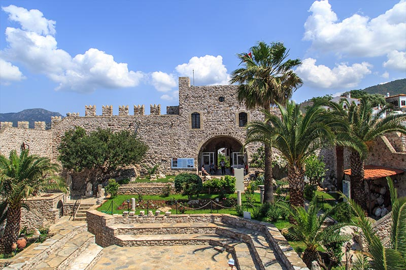 marmaris-castle-and-museum-2.jpg